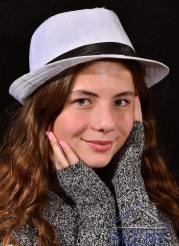 Isabella  Popov