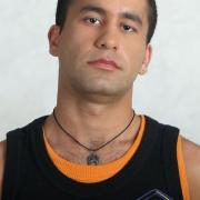 Rowszan Almazow